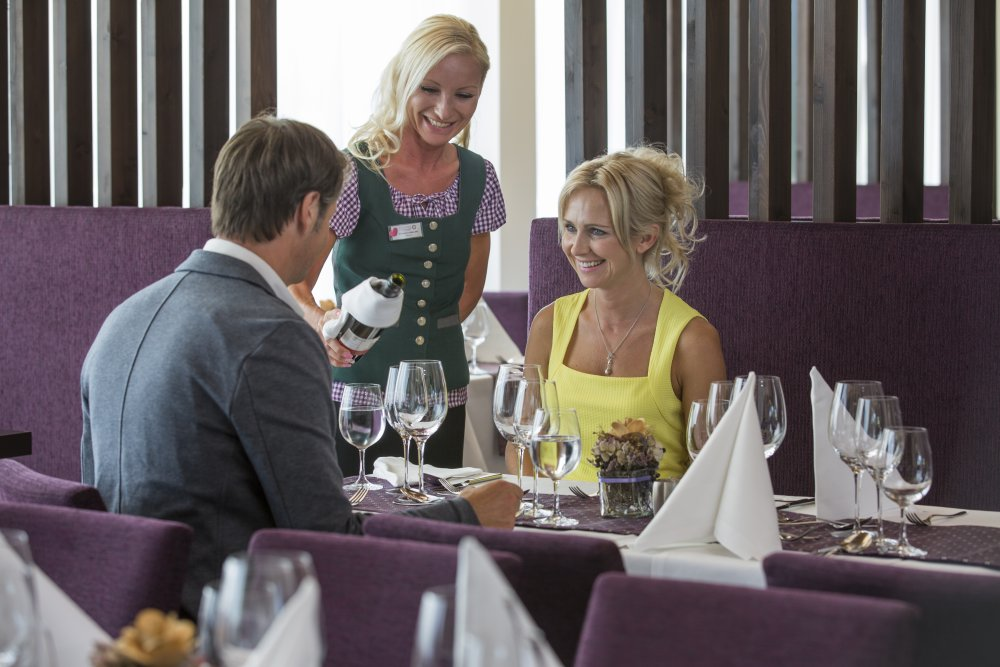 Paar Abendessen Narzissenrestaurant