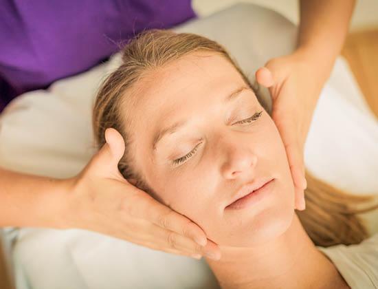 MedicalWellness_Gesichtsundkopfmassage