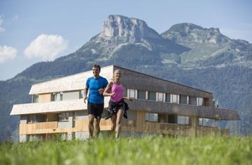 Laufen Paar Hotel Loser Quer Luttenberger